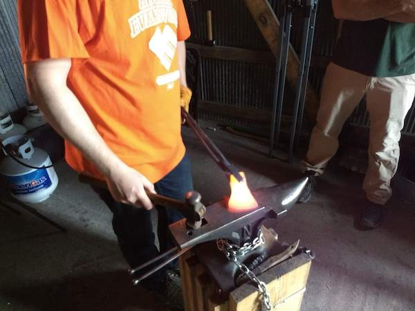 Blade smithing classes - Brown County Forge 2
