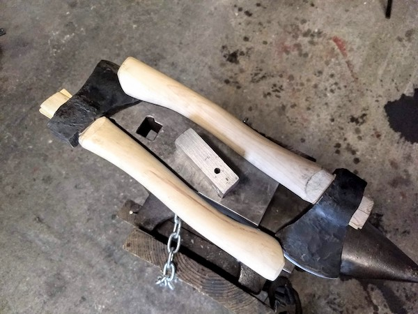 Blade smithing classes - Brown County Forge 3